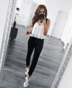 65 Casual And Cute Summer Outfits Ideas to Inspire You Girls Fashion Clothes, Teen Fashion Outfits, Mode Outfits, Girly Outfits, Look Fashion, Pretty Outfits, Clothes For Women, Outfits For Girls, Fashion Fashion