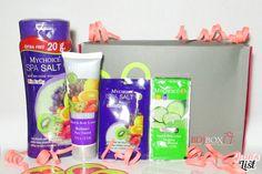October 2014 BDJ Box: Skin Savers | Unboxing & First Impressions - Jean's List October 2014, Subscription Boxes, Bottle, Flask, Budget Binder, Jars
