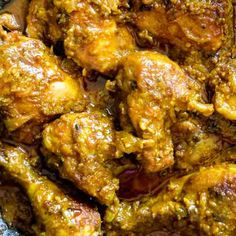 Hyderabadi chicken with sesame-peanut based gravy.