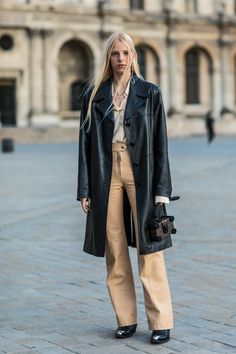 street style_leather coat - DIMANCHE