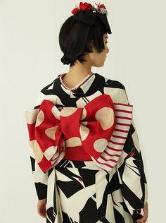 Summer Kimono, Nihon, Yukata, Japanese Kimono, Japan Fashion, Japanese Culture, Lady In Red, Snow White, Asian