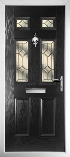 New black front door. Modern Exterior Doors, Wood Exterior Door, Front Door Design, Front Door Colors, Pvcu Doors, Entrance Doors, Door Knockers Unique, Composite Front Door, Aluminium Windows And Doors