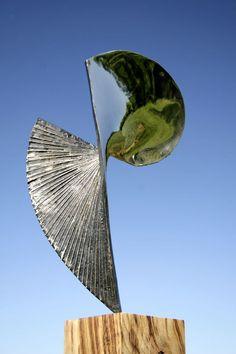Bronze Abstract Contemporary Modern Outdoor Outside Garden / Yard sculpture statuary sculpture by sculptor Thomas Joynes titled: 'Eclipse (Bronze Modern abstract garden/Yard statues/sculptures)' - Artwork View 3