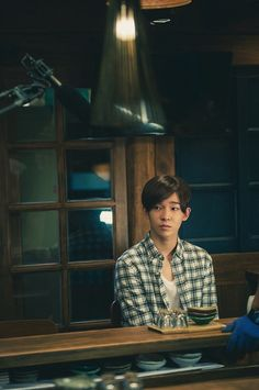 "WINNER's Nam Tae Hyun Enjoys Food in Behind-the-Scenes Stills for ""Late Night Restaurant"""