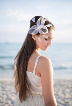 Bridal Headpiece with pearls and feathers by BeChicAccessories