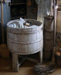 Early Wood Wash Bucket