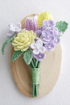 Crochet Bouquet, Crochet Brooch, Crochet Art, Crochet Flowers, Crochet Earrings, Crochet Patterns, Crochet Hair Accessories, Crochet Hair Styles, Dried Flower Bouquet