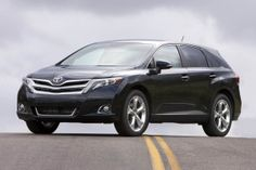 2013 Toyota Venza LE FWD is equipped with a standard engine that achieves in the city and on the highway. A automatic transmission with overdrive is standard. Toyota Venza, Nissan Murano, Ford Edge, Car Images, Car Photos, Crossover, Honda, Automobile, Toyota Dealership