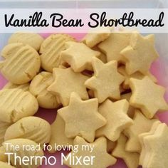 The road to loving my Thermomix: Vanilla Bean Shortbread Thermomix Desserts, Dessert Recipes, Belini Recipe, Galletas Cookies, Christmas Cooking, Christmas Recipes, Biscuit Cookies, Vegetarian Chocolate, Shortbread