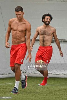 Mohamed Salah -s Liverpool Anfield, Salah Liverpool, Liverpool Football Club, Soccer Players Hot, Soccer Guys, Ronaldo, Sports Mix, Wrestling Singlet, Rugby Men