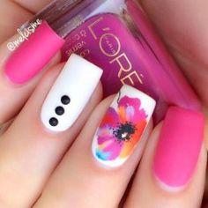 Floral Nail Art Design (19)
