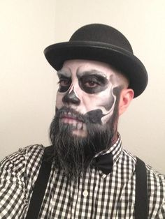 How To Do Skeleton Makeup On A Guy With Beard Makeupviewco halloween makeup for guys with beards - Halloween Makeup Costume Halloween Homme, Mens Halloween Makeup, Halloween Men, Halloween Skeletons, Couple Halloween Costumes, Halloween Looks, Halloween Photos, Halloween Stuff, Costume Makeup