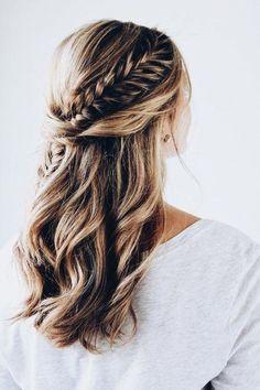 11 ideas from Fishtail Braid Hairstyles - Frisuren 2019 - Wedding Hairstyles Fishtail Braid Hairstyles, Open Hairstyles, Pretty Hairstyles, Hairstyle Ideas, Holiday Hairstyles, Hairstyle Tutorials, Fishtail Braid Wedding, Hairstyles 2018, Updo Hairstyle