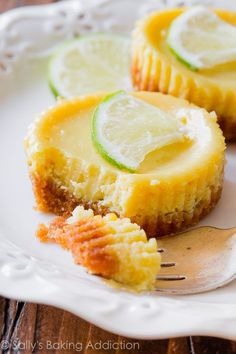 What's better than key lime pie? INDIVIDUAL mini key lime pies! sallysbakingaddiction.com