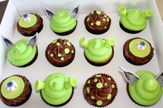 shrek cupcakes for Elsie baby's 3rd Birthday! Green (gel colouring) vanilla flavour cupcakes with chocolate buttercream, green icing shrek ears and green icing number 3s.