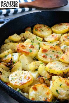 Lyonniase Potatoes are sliced Russet Potatoes that have been coated in butter and garlic and roasted in the oven with onions to crispy perfection. They are perfect for weeknight dinners and a great side dish for entertaining and feeding a crowd! Russet Potato Recipes, Potato Side Dishes, Healthy Side Dishes, Vegetable Side Dishes, Side Dish Recipes, Vegetable Recipes, Vegetarian Recipes, Cooking Recipes, Healthy Recipes