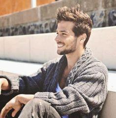 Handsome Boys, Bearded Men, My Man, Cute Guys, Male Models, Beautiful People, Men Sweater, Celebs, Mens Fashion