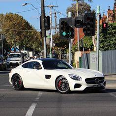 A beautiful Mercedes-Benz AMG GT-S mblaguna.com