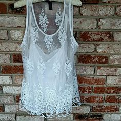 I.N.C lovely lace top Camisole under beautiful lacy top looks unworn Tops