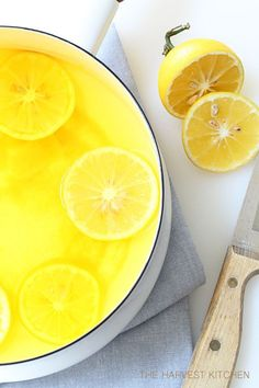 Lemon Ginger Morning Drink to start the weekend off right!