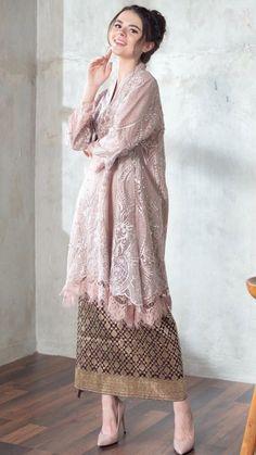Kebaya Modern Hijab, Kebaya Hijab, Kebaya Lace, Kebaya Dress, Batik Long Dress, Dress Muslim Modern, Hijab Dress Party, Dress Brokat, Batik Fashion
