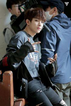 Starcast Seventeen Japanese Single Debut Call Call Call mv behind Woozi, Wonwoo, Jeonghan, Seungkwan, Carat Seventeen, Seventeen Debut, Seventeen Memes, Vernon, Seventeen Lee Seokmin