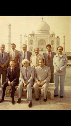 chadli benjedid _mohamed sedik benyahia_abdelhamid brahimi _mohyadine amimour_slimane offman _khaled nazer _charif premier ministre pakistan