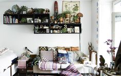 12 Easy Ways to Make a Small Room Feel Bigger