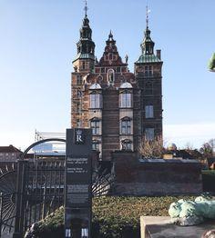 Fly me Away: Voamos até Copenhaga!  #Fly #me #Away: #Voamos até #Copenhaga | #Uma #cidade #cosmopolita #renovado #encantador #contosdefadas #TrendyNotes #capital da #Dinamarca: #Copenhaga #Castelo de #Rosenborg