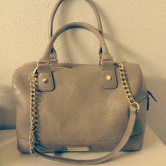 Steve Madden bag so pretty