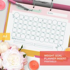 This weight goal planner insert is perfect for you to track your weight loss and a great insert for your fitness planner! You just choose a goal to reach, set some intermediary goals (and some rewards if you reach them if it helps for you!) and then go with increments!