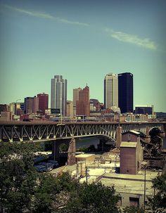 Liberty Bridge into Pittsburgh Pittsburgh Bridges, Pittsburgh Pa, Latin Mottos, Liberty Bridge, Las Vegas, Travel And Leisure, Best Cities, Pennsylvania, New York Skyline