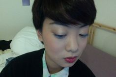 Blue lashes with a pink lip