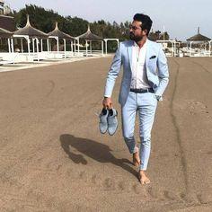 Slim Fit Tuxedo, Slim Suit, Mens Fashion Suits, Blazer Fashion, Groom Fashion, Blue Linen Suit, Linen Suits For Men, Blue Suits, Man Suit
