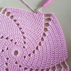 Wanda Fritz's media content and analytics Vintage Crochet Doily Pattern, Modern Crochet Patterns, Crochet Doilies, Crochet Stitches, Crochet Cap, Crochet Round, Crochet Squares, Free Crochet, Crochet Projects