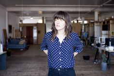 Courtney Barnett - Sometimes I Sit And Think, And Sometimes I Just Sit - http://www.musikblog.com/2015/03/courtney-barnett-sometimes-sit-think-sometimes-just-sit/