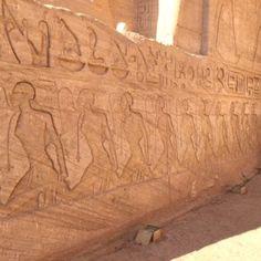 Abu Simbel Templos de Ramses II y Nefertari11