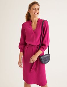 The flattering V-neck, waist-cinching belt and curved hem give this column dress its versatile shape, but it& the silky-feel fabric that makes it so smooth. Crafted from supersoft viscose, it& fluid and flowy. Not bad for something so easy to wear. Casual Day Dresses, Nice Dresses, Work Outfits, Magenta, Dresses For Big Bust, Flattering Outfits, Good Color Combinations, Column Dress, Vestidos