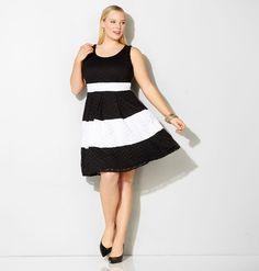 *SL B/W SLD CRLB FIT FLR, Black White