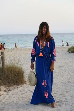 I love going to the sunset at Pirata Bus, it´s amazing and incredible view! Tengo el chiringuito Pirata Bus al lado de mi apartamento en Formentera, a Maxi Outfits, Hippie Outfits, Chic Outfits, Gypsy Style, Bohemian Style, Indian Fashion, Boho Fashion, Mode Hippie, Casual Dresses