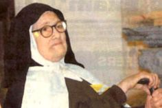 Sr Lucia of Fatima Mother Angelica, Luke 1, Blessed Mother Mary, Three Kids, Priest, Communion, Catholic, Portugal, Saints