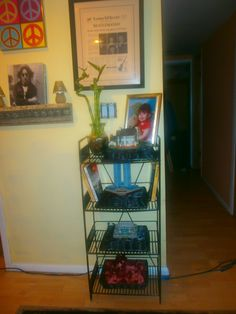 found this old rusted rack.... a little black spray paint and baskets spray painted black and it loos like a brand new rack / shelving unit...cost 1.86