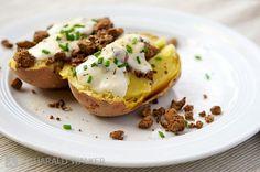 Baked Potato with Toppings via Vegalicious   #vegan