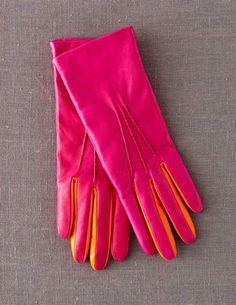 This winter I am going to learn to make gloves and I may just find myself tempted to start with a pair in cerise and orange...