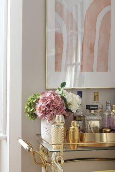 vintage bar cart detail with pink and peach artwork and flowers Country House Interior, Room, Luxury Flooring, Interior Design Institute, Home Decor Trends, Affordable Interior Design, Trending Decor, Pink Dining Rooms, Taupe Dining Room