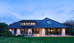 Mit einer schönen Beleuchtung können wir nicht nur innerhalb unseres Hauses tolle Akzente setzen, sondern auch im Außenbereich.