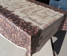 Mantel #Netkotton #digital impermeable, anti-manchas y anti-arrugas. Diseño de tipos de #café -- Netkotton Digital #tablecloth. Stain-resistant, #waterproof and crease-resistant. #Coffee drinks #design.