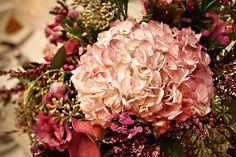 talisman flowers by Melanie Rebane Photography - Ottawa - Stylish Wedd, via Flickr