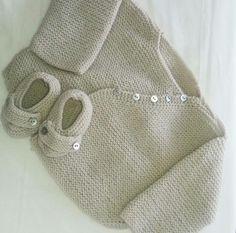 Jersey y patucos en punto bobo. #jersey #patucos #patrónkatia #tricot #knitting