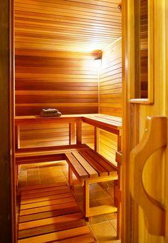 Sauna in Alpine Meadows Chalet, Luxury home rental in Mont Tremblant Quebec with Tremblant Living Sauna House, Sauna Room, Minimal Traditional, Traditional Saunas, Sauna A Vapor, Building A Sauna, Sauna Seca, Outdoor Sauna, Sauna Design